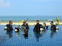 Divers at teh Similans