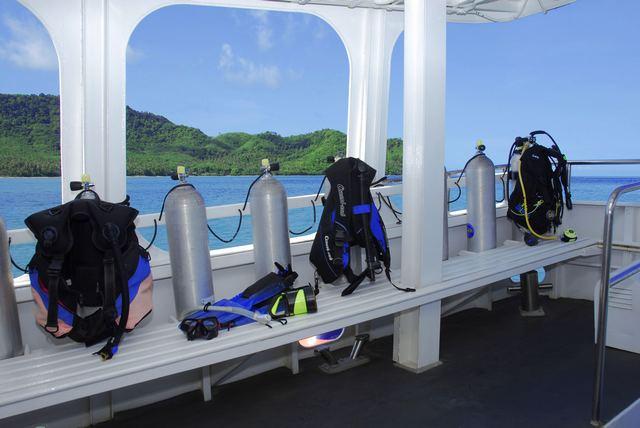 Giamani Similan Island Liveaboard Dive Deck