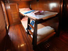 Hallelujah twin bed cabin
