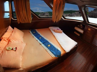 Hallelujah double bed cabin