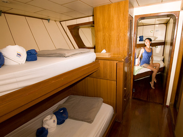 Deep Andaman Queen Similan Island Liveaboard 4 Bed Cabin