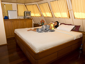 Deep Andaman Queen Similan Islands Master Cabin