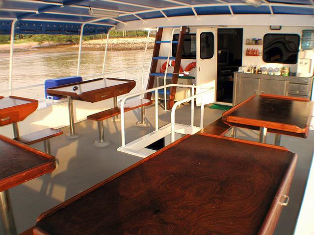M/V Andaman Tritan - Similan Island Liveaboard Dining Area